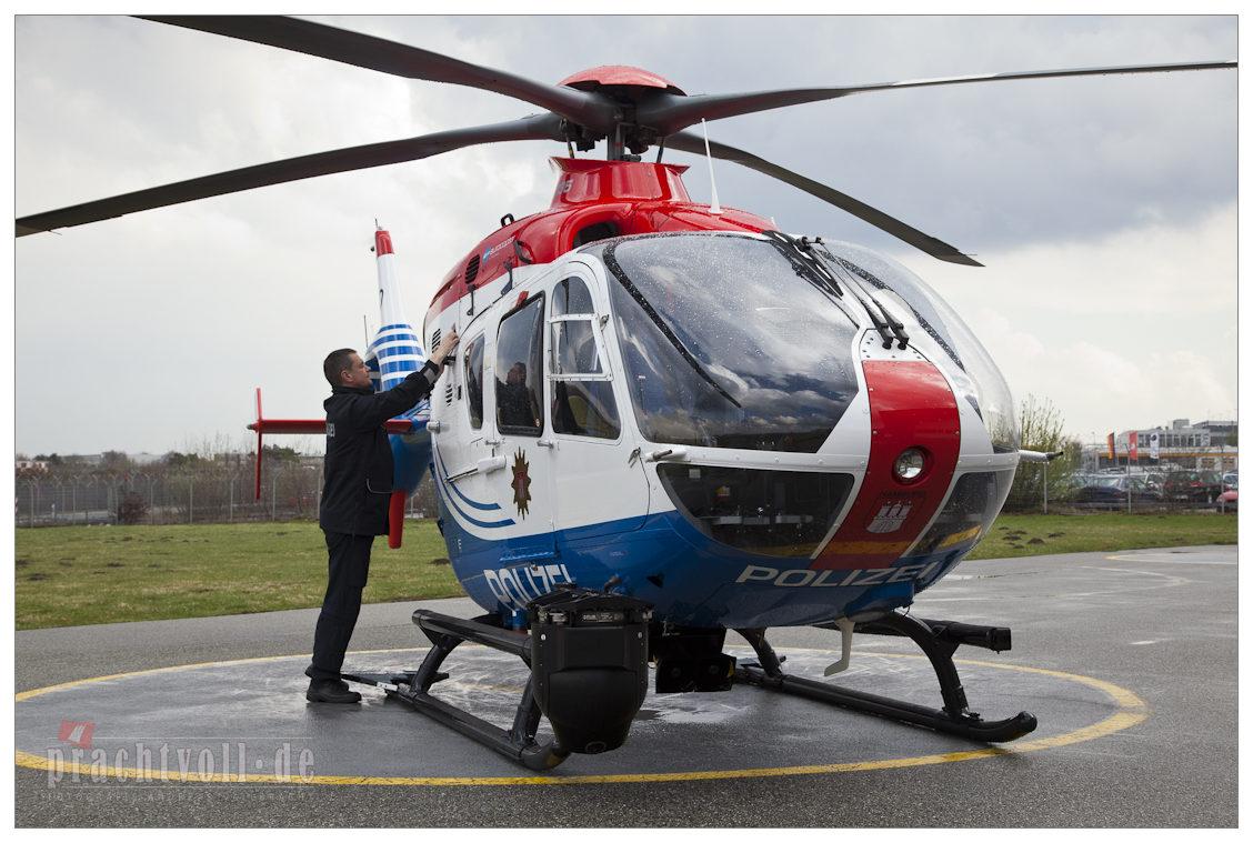 Hubschrauber über Hamburg