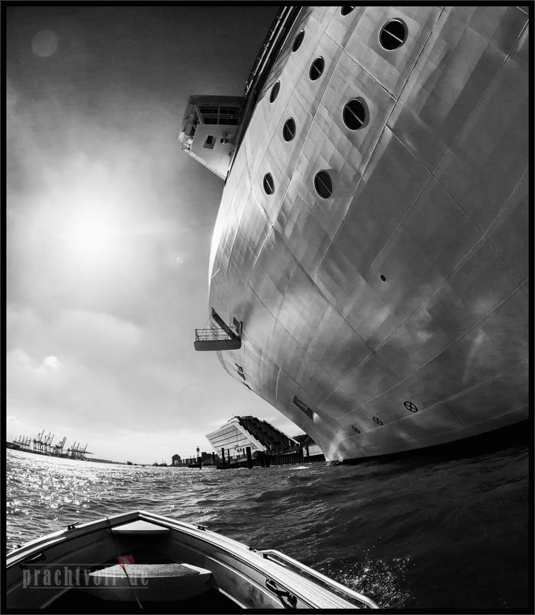 Bötchentour am 31.5.2014 durch den Hamburger Hafen  mit kurzer Brennweite