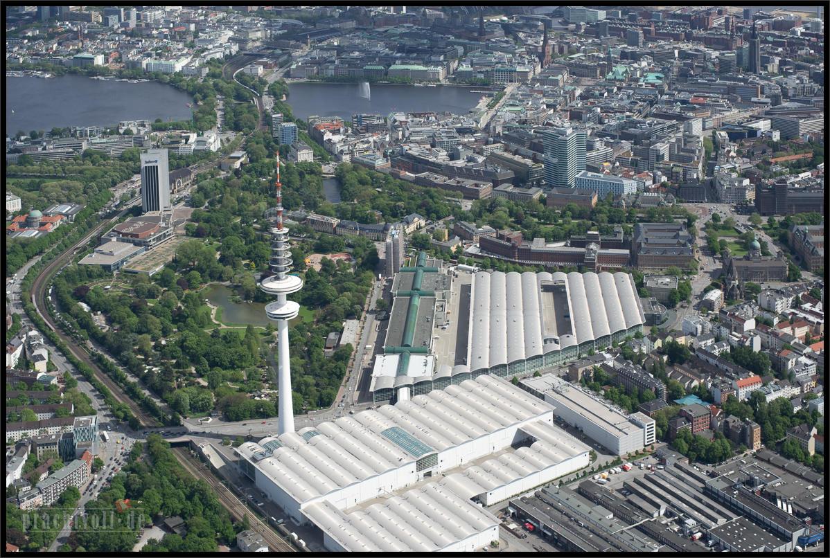 Hamburg aus der Luft am   Luftaufnahmen vom 13. Mai 2014