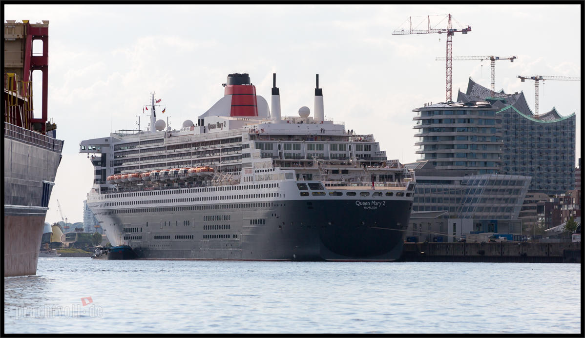 Queen Mary 2 verlässt Hamburg 3.6.2014