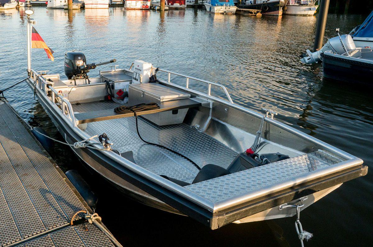 5Arbeitsboot